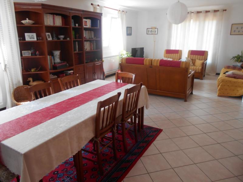 Vente maison / villa Châlons-en-champagne 198000€ - Photo 4