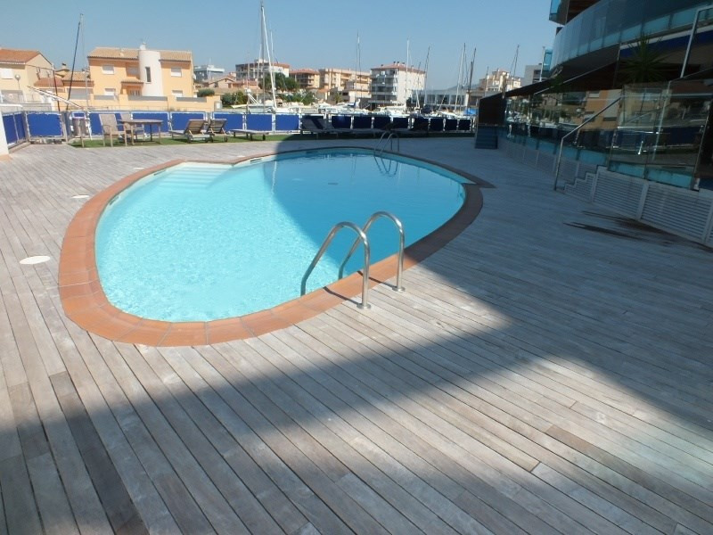 Sale apartment Roses santa-margarita 265 000€ - Picture 2
