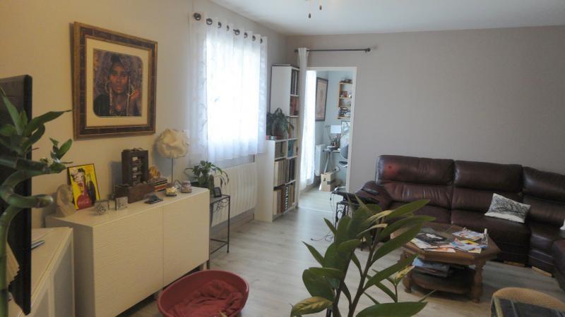 Sale apartment Miramas 152500€ - Picture 1