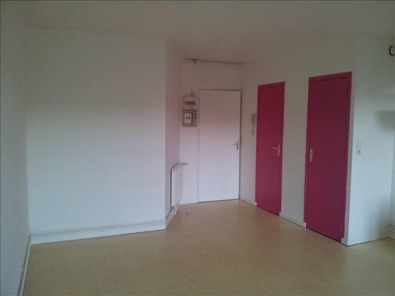 Rental apartment Montoire sur le loir 250€ CC - Picture 3