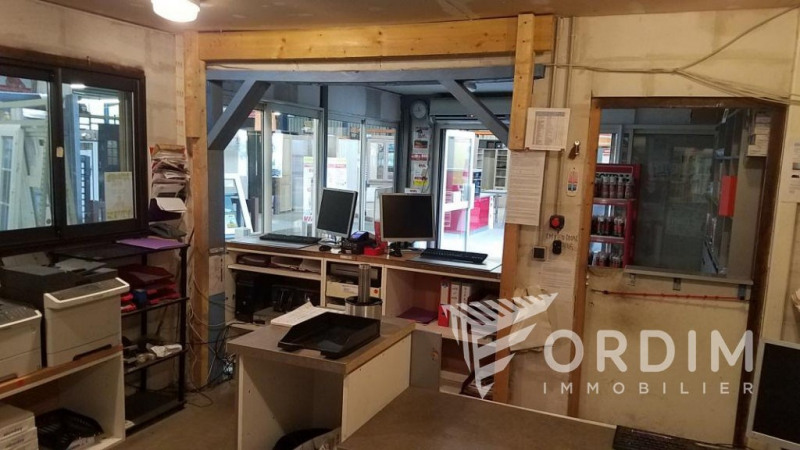 Location local commercial Moneteau 108 000€ HC - Photo 3