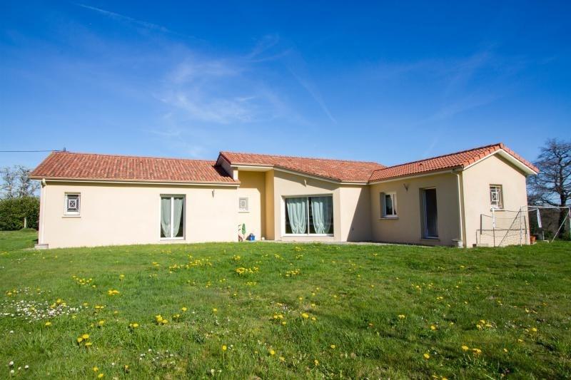 Sale house / villa Veyrac 199000€ - Picture 1