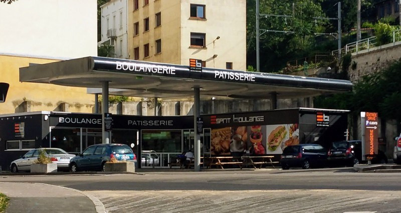 Vente local commercial St etienne 327 000€ - Photo 1