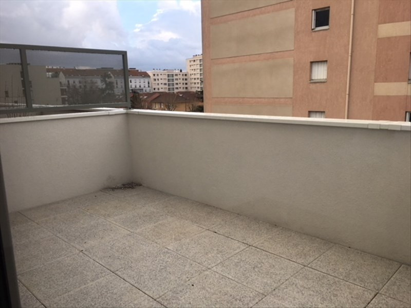 Rental apartment Villeurbanne 800€ CC - Picture 3