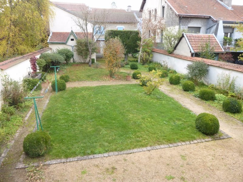 Deluxe sale house / villa Ambert 283 000€ - Picture 2