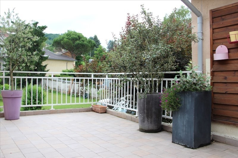 Sale house / villa Bourgoin jallieu 240 000€ - Picture 1