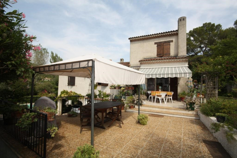 Vente maison / villa Antibes 899 000€ - Photo 2