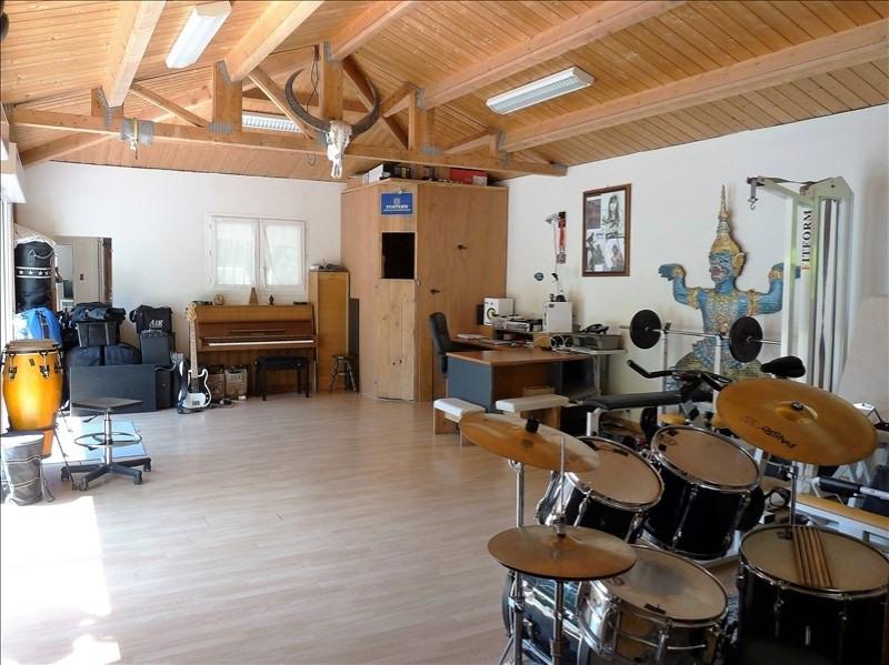 Deluxe sale house / villa St palais sur mer 658000€ - Picture 10