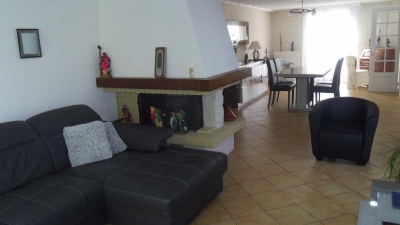 Sale house / villa Lesigny 285000€ - Picture 2