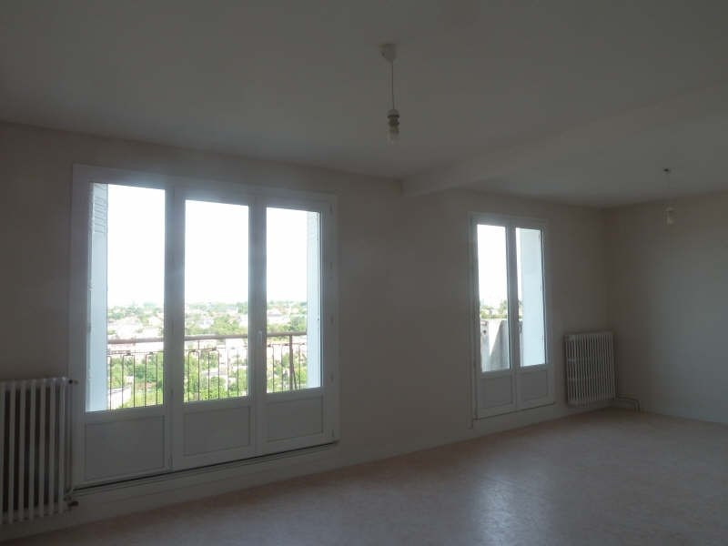Sale apartment Poitiers 107 000€ - Picture 2