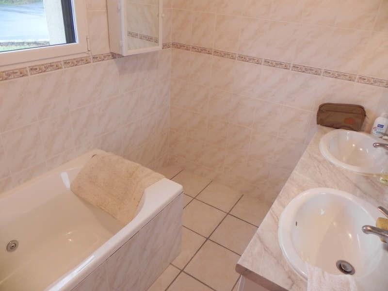 Sale house / villa Louannec 229680€ - Picture 6