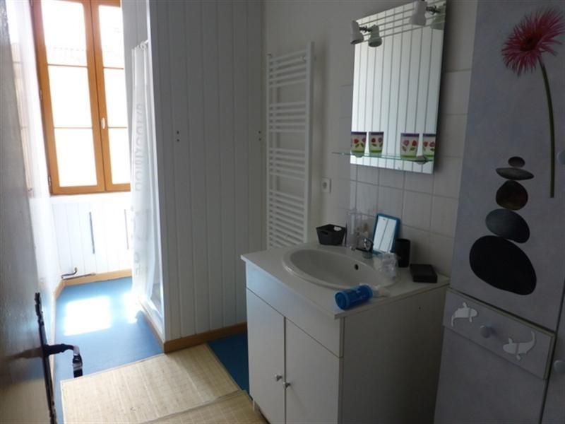 Rental apartment Saint-jean-d'angély 420€ CC - Picture 4