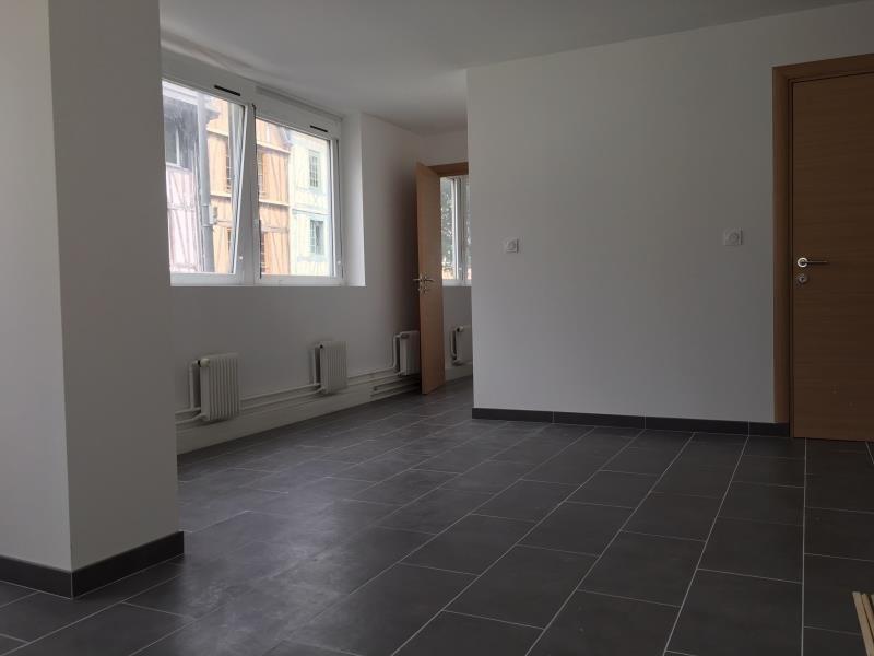 Location appartement Rouen 795€ CC - Photo 2