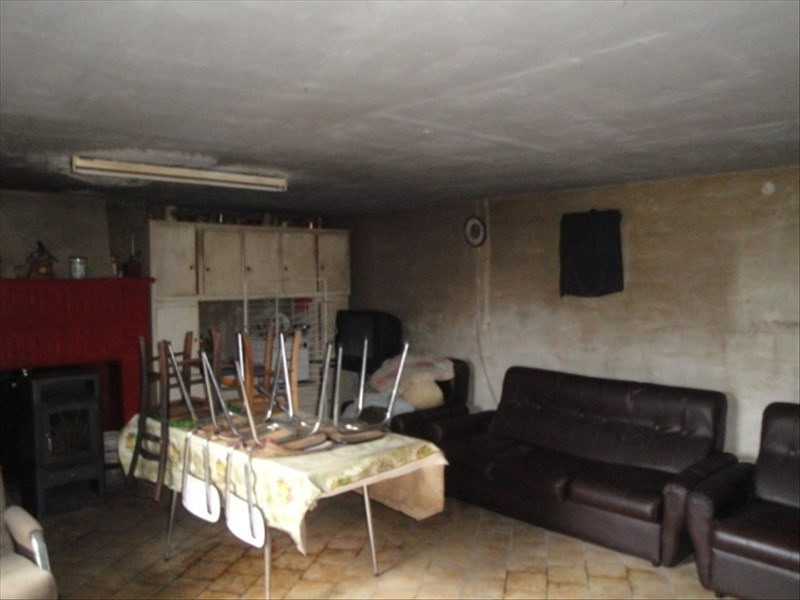 Vente maison / villa Cherveux 33200€ - Photo 2