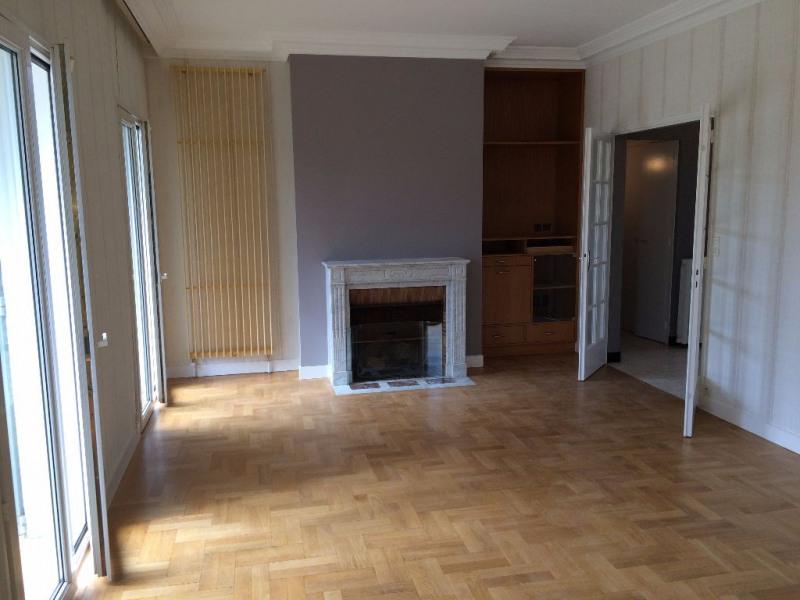 Rental house / villa Condat sur vienne 1000€ CC - Picture 3