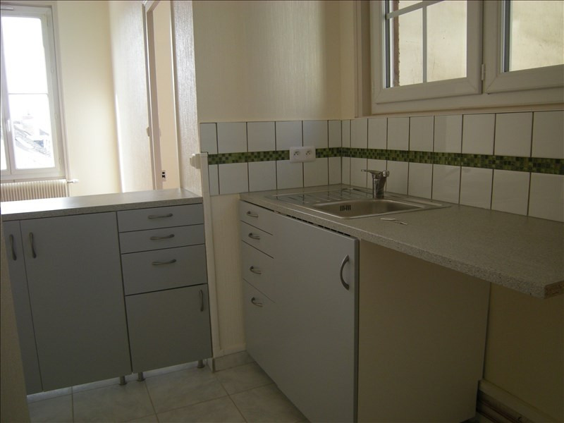 Location appartement Chatellerault 347€ CC - Photo 2