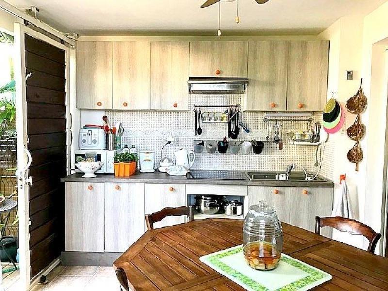 Sale apartment St gilles les bains 196000€ - Picture 1