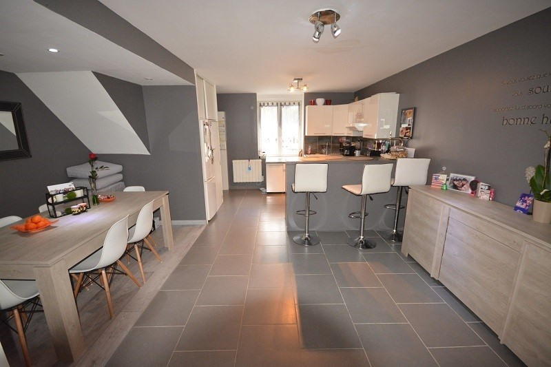 Vente maison / villa Trept 169900€ - Photo 2