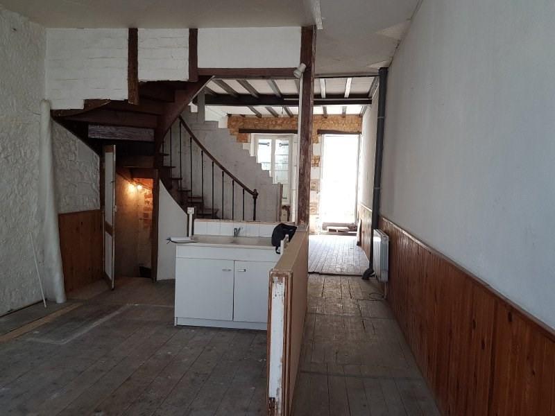 Sale house / villa Mirambeau 75000€ - Picture 2