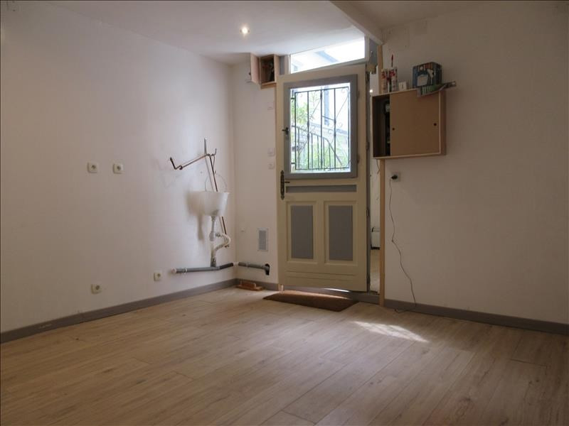 Sale apartment Paris 18ème 128 118€ - Picture 3