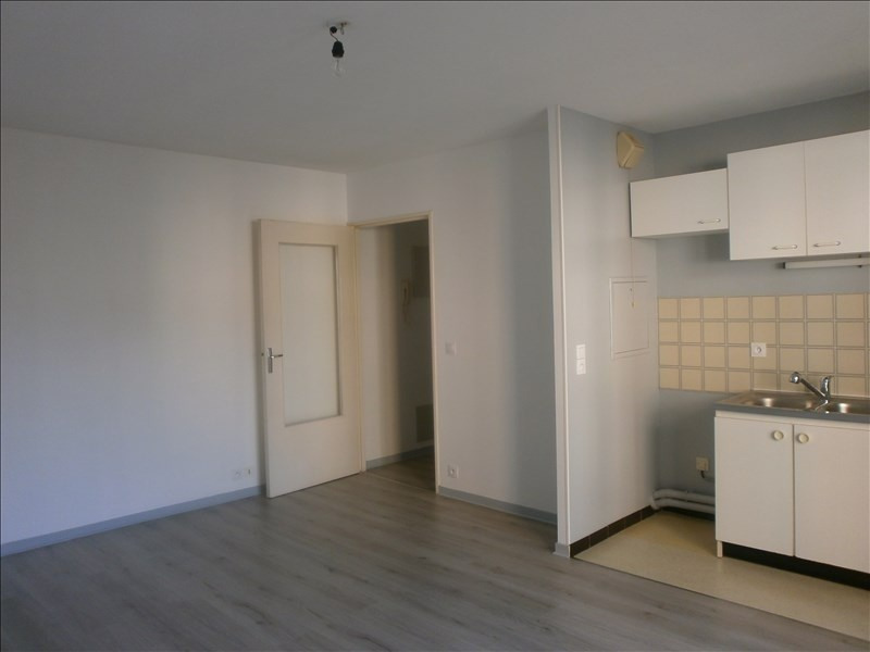 Location appartement Cergy 650€ CC - Photo 2