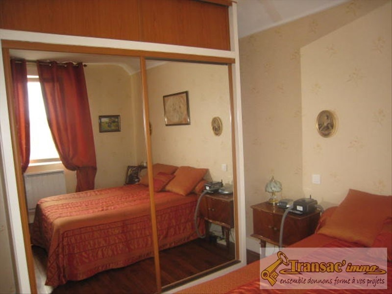 Sale house / villa Puy guillaume 191700€ - Picture 6