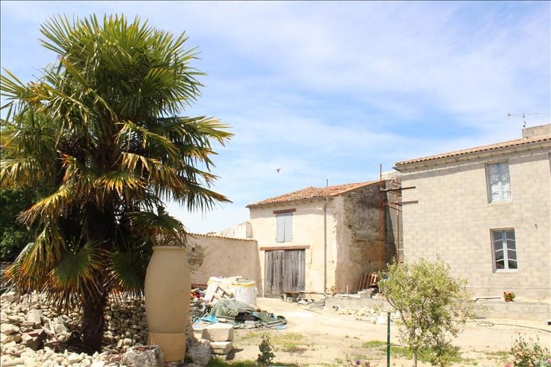 Sale house / villa Thaire 326120€ - Picture 6