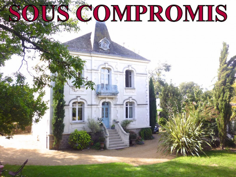 Deluxe sale house / villa Nantes 1006000€ - Picture 1
