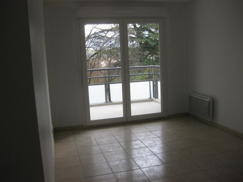 Location appartement Pontcharra-sur-turdine 565€ CC - Photo 2