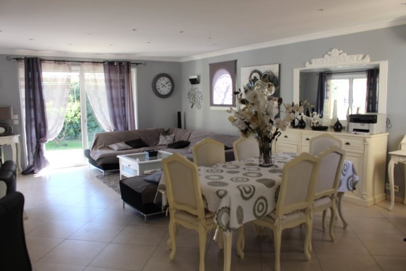 Deluxe sale house / villa Frejus 780000€ - Picture 2