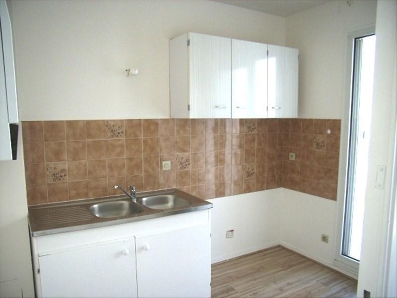 Sale apartment Royan 91250€ - Picture 2