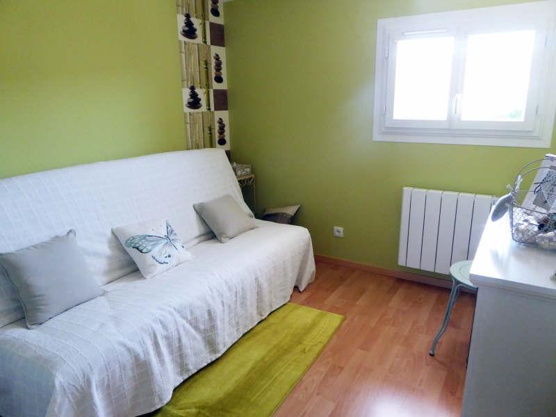 Vente maison / villa Maurepas 325500€ - Photo 7