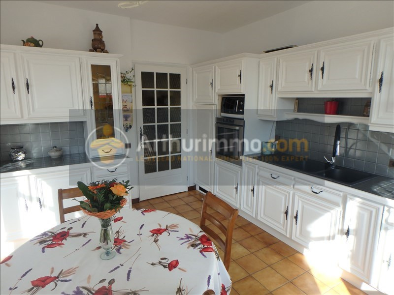 Vente maison / villa St etienne du bois 305000€ - Photo 6