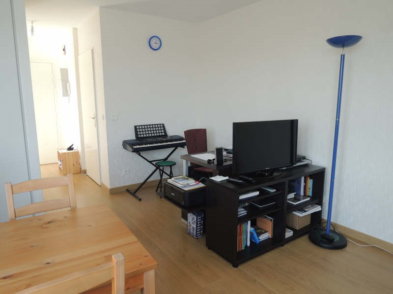 Location appartement Carrieres sous poissy 605€ CC - Photo 2