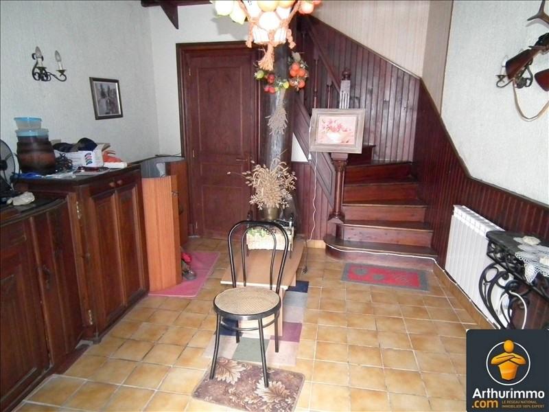 Sale house / villa Matha 97200€ - Picture 5