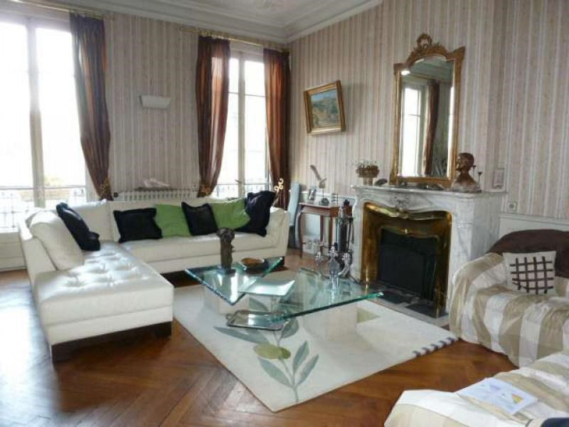Sale apartment Roanne 339000€ - Picture 2