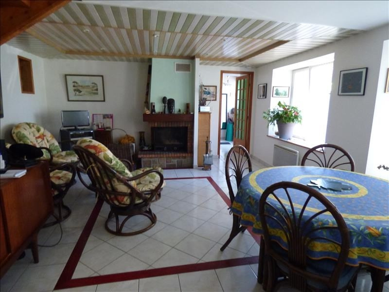 Sale house / villa Begard 123 500€ - Picture 2