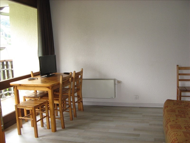 Rental apartment Sallanches 397€ CC - Picture 2