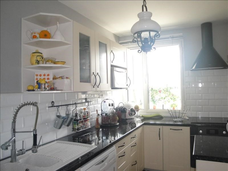 Sale apartment Colombes 274000€ - Picture 2