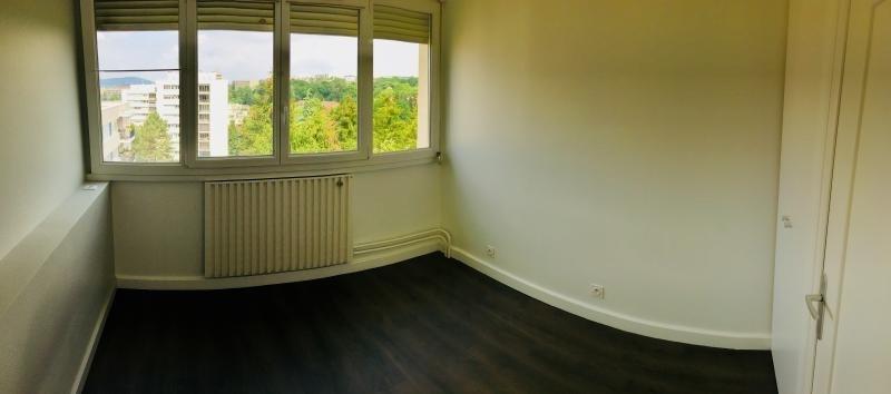 Locação apartamento Ste foy les lyon 695€ CC - Fotografia 6