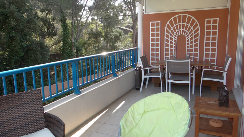 Sale apartment Cavalaire 364 000€ - Picture 2
