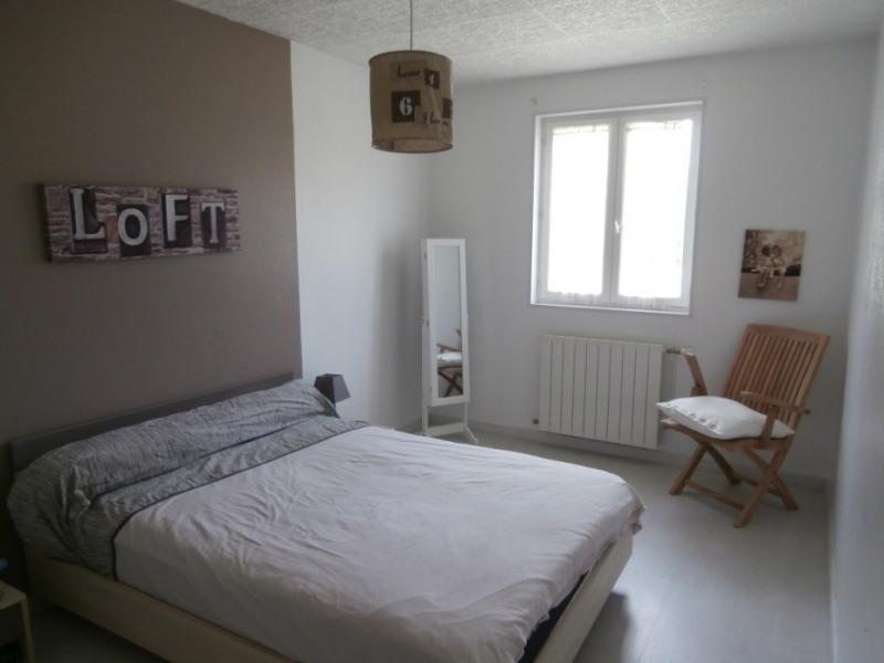 Vente maison / villa Saint pierre d'eyraud 359500€ - Photo 4