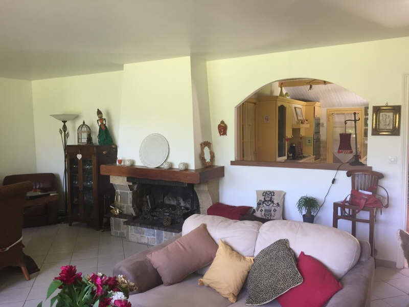 Sale house / villa Meru 247400€ - Picture 3