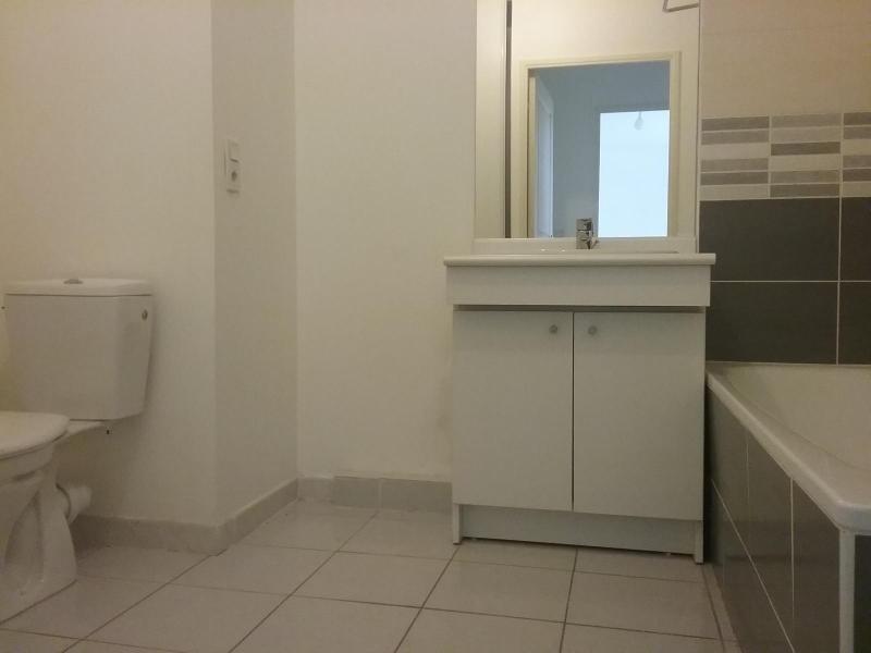 Location appartement Rousset 690€ CC - Photo 3