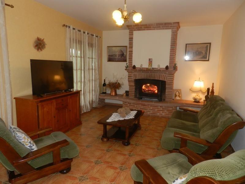 Deluxe sale house / villa L isle jourdain 627000€ - Picture 4
