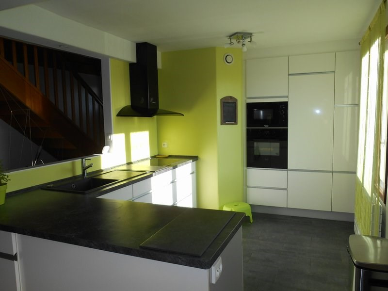 Sale house / villa Bonnefamille 272000€ - Picture 4