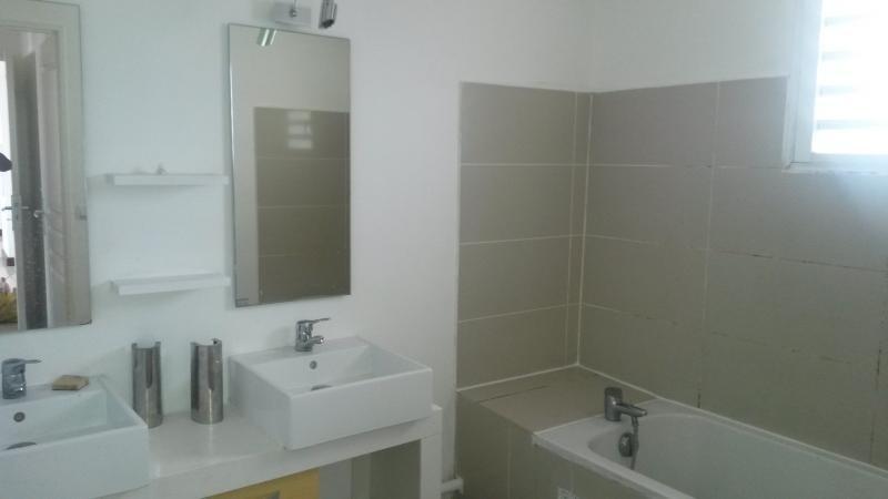 Rental apartment St denis 590€ CC - Picture 5