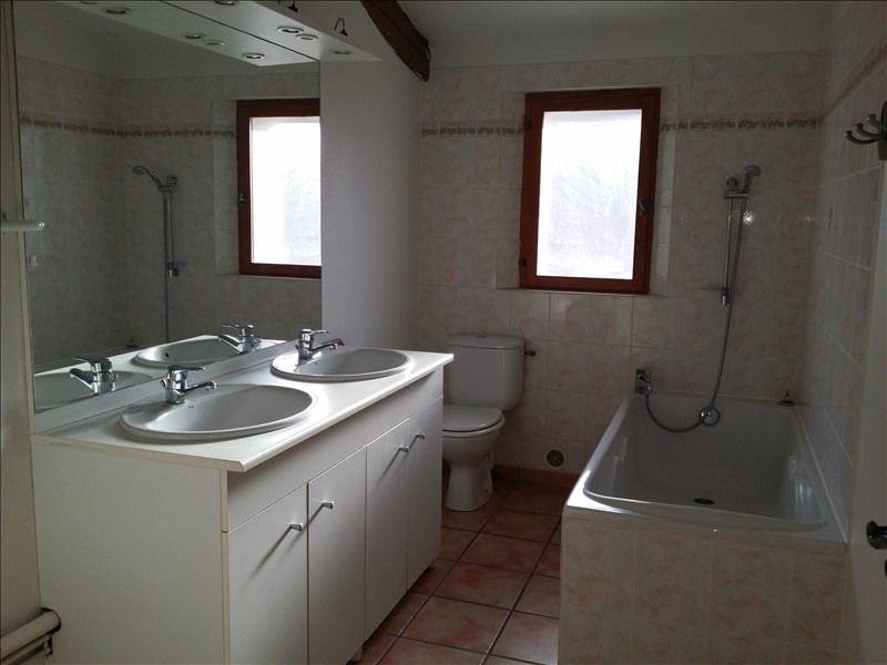 Location appartement Le thor 645€ CC - Photo 2