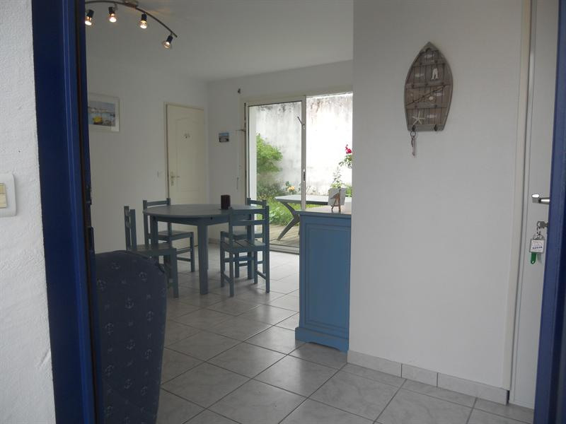 Vacation rental house / villa Vaux sur mer 824€ - Picture 6