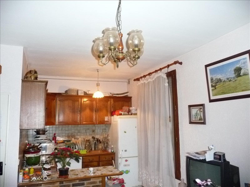 Sale apartment Villeneuve le roi 160 000€ - Picture 2